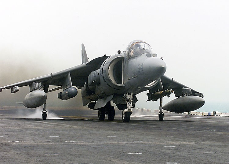 Harrier.av8b.750pix